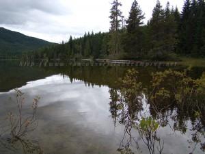 lower and upper klaklakama lake campgrounds